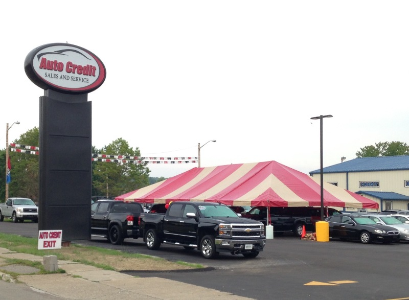 Auto Credit Tent