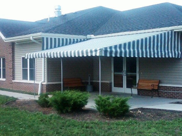 green-stripe-patio-awning.jpg - Jamestown Awning and Party ...